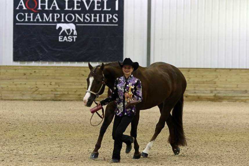 Caitlynn Osting shows Hot As The Blazes to first place at the 2019 Nutrena East AQHA Level 1 Championships in youth showmanship 14-18. (Larri Jo Starkey photo)